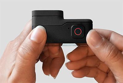 GoPro HERO 5 Black, pratica e semplice da utilizzare.