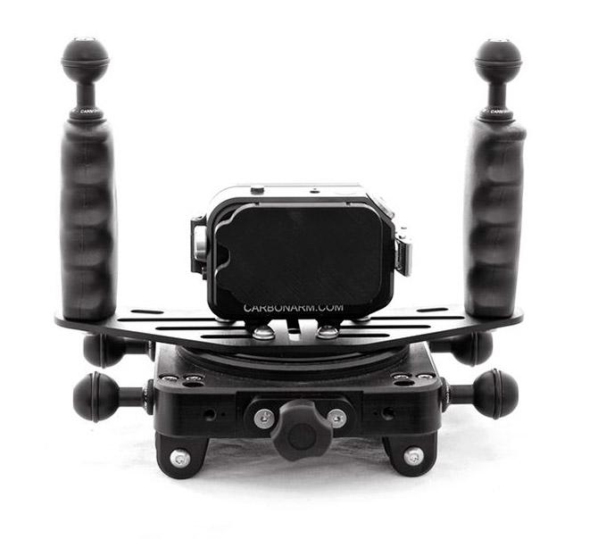 CarbonArm Moby supporto per scooter subacquei