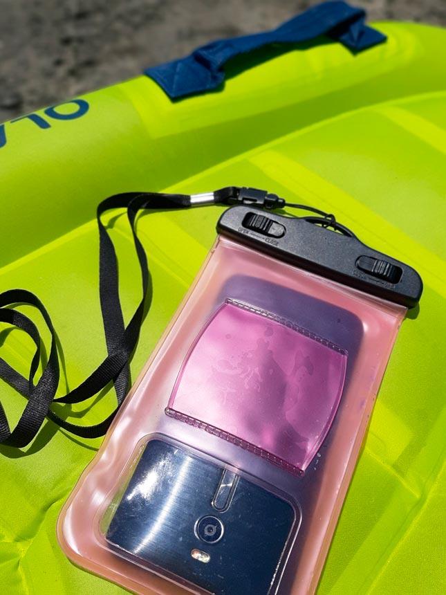 cover impermeabile per smartphone